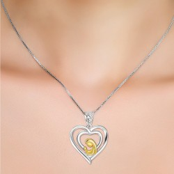 925 Sterling Silver Mother holding baby pendant MR002P